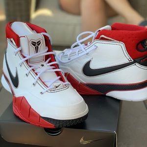 Nike - Kobe 1Protro. BRAND NEW